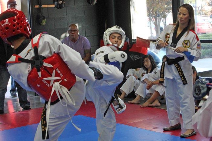 kids taekwondo sparring