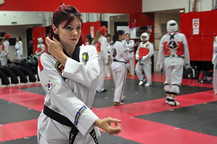 womens taekwondo photo