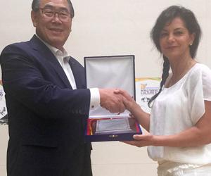 Master Pourarian Receives Awards from Korea
