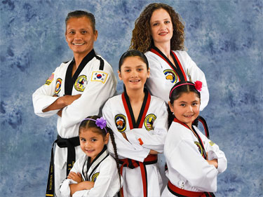 family taekwondo class